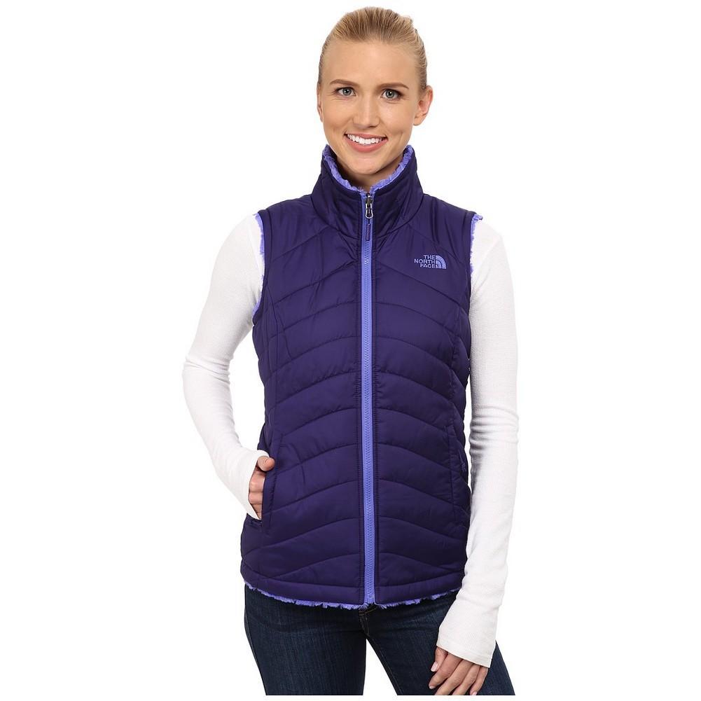 6f7809277192 The North Face Mossbud Swirl Reversible Vest Women s Garnet Purple Starry  Purple ...