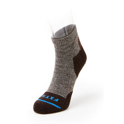 Fits Socks Light Hiker Quarter Socks